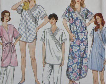 Nightgowns, Pajamas, Baby Dolls and Robe, Simplicity 7031 UNCUT. Size XS S M L XL