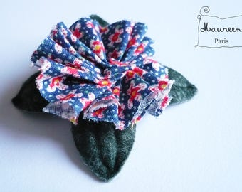 Red and blue flower brooch/pin