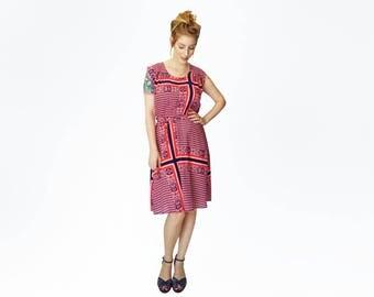 Red dress, Retro dress for women, Red boho dress, Silk dress, Sleeveless dress, Floral dress, midi dress, Flowing dress, Unique dress, belt