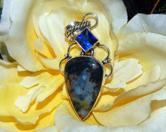 Celtic Raven shifter inspired vessel - Handcrafted Dendritic Agate pendant with chain