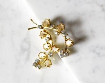 1960s gold branch rhinestone brooch // 1960s gold brooch// vintage brooch