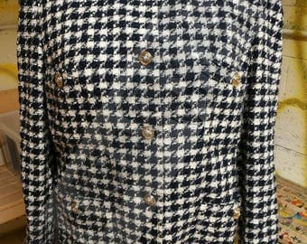 80s pied-de-poule wool jacket, colours blue and white whit pockets and jewel-buttons