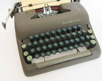 Vintage Smith Corona Typewriter. 1950's Manual Silent Portable Typewriter with Case.