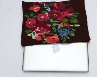 Floral tapestry laptop case laptop sleeve vintage style apple laptop sleeve floral print protective computer bag with pink cotton back