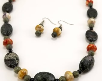 Stone necklace and earring set