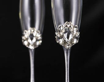 Crystal Wedding Champagne Flute, Personalized Bling Wedding Glasses, Glam Wedding Flutes Crystal Champagne Flutes Engraved Toasting Flutes