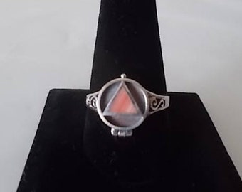 Vintage~ART DECO~Sterling Silver~Poison Ring~Pill Box~Locket~Snuff~Ring~Coral Stone~925~Poison Ring~Secret Compartment~size~11~Mens~Womens