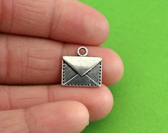 10 Silver Envelope Charms (CH105)