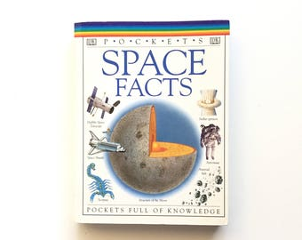 DK Pockets Space Facts / Science Book / Homeschool Book / Book on Space / Physics Book