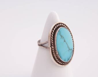 Native American turquoise ring / sterling silver and turquoise ring  / large turquoise ring  / turquoise jewelry / Native American / 1617