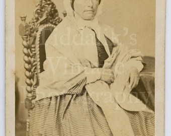 CDV Carte de Visite Photo Victorian Seated Old Lady Portrait Dated 1869 by Odinot Nancy of Paris France