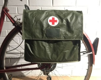 25% OFF Vintage Swedish Military Surplus Vinyl Medic Bag  Bicycle Pannier