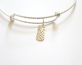 Sterling Silver Bracelet with Sterling Silver Pineapple Charm, Bracelet with Silver Pineapple Pendant, Pineapple Charm Bracelet, Pineapple