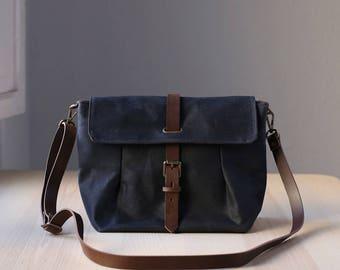 Waxed Canvas Crossbody Bag, Messenger Bag, Travel Bag, Bag for Women, Leather, GRETA navy