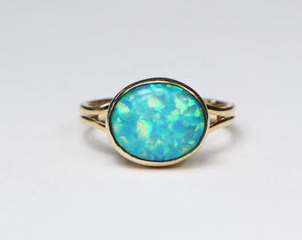 Opal ring-Opal doublet ring-Handmade 18k yellow gold ring-October birthstone-Ready to ship.