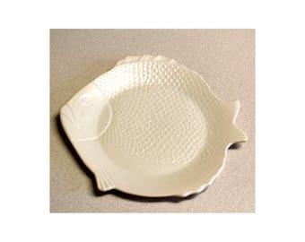 1941 Chicken of the Sea Tuna Plate California Pottery Mid Century Modern Period Perfect Cream White