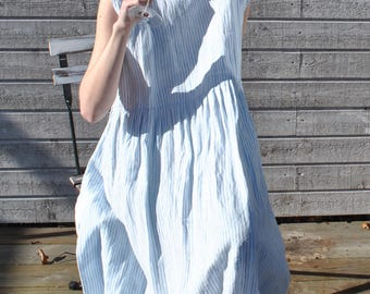 Handmade linen shift dress, linen tunic with 2 deep sidepockets in two different, striped fabrics