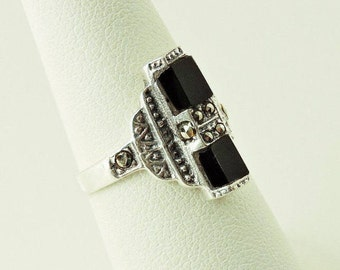 Size 6.5 Sterling Silver Black Onyx And Marcasite Ring