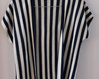 70s Dorina Navy and White Cover Up Kimono Open Cardigan