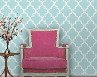 Quatrefoil Repositionable Peel 'n Stick Wallpaper // Pool