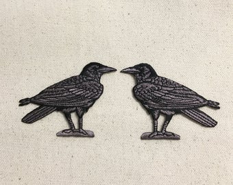 Raven/Crow - Black/Gray - Birds - Facing Left or Right - Iron on Applique - Embroidered Patch - 694970