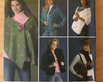 Simplicity 4355 - Easy to Sew Winter Accessories Collection with Jacket, Stone, Shawl, Cap, Purse, and Scarf - Size XS S M
