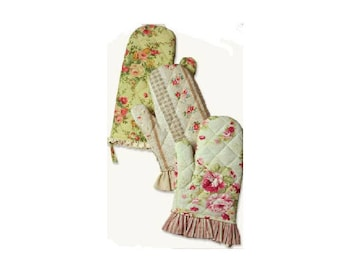 Set of 3 Cute Victorian Style Primrose Kitchen Oven Cooking Mitts
