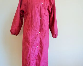 Vintage Trench Coat / Raincoat / Pink / Rain / Outwear / Long / Midi / 38 / Medium / M / Fall / Jacket / Onepiece / Autumn