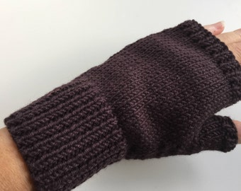 Simple & elegant, hand knitted, fingerless mitts - size M