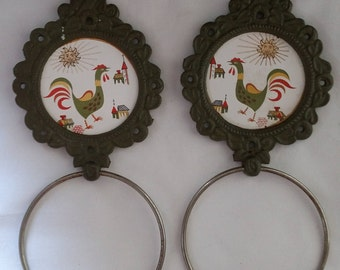 Pair of Vintage Cast Iron and Ceramic Tile Towel Holder/Towel Ring with Rooster - 1960s Japan - Mid Century Enesco
