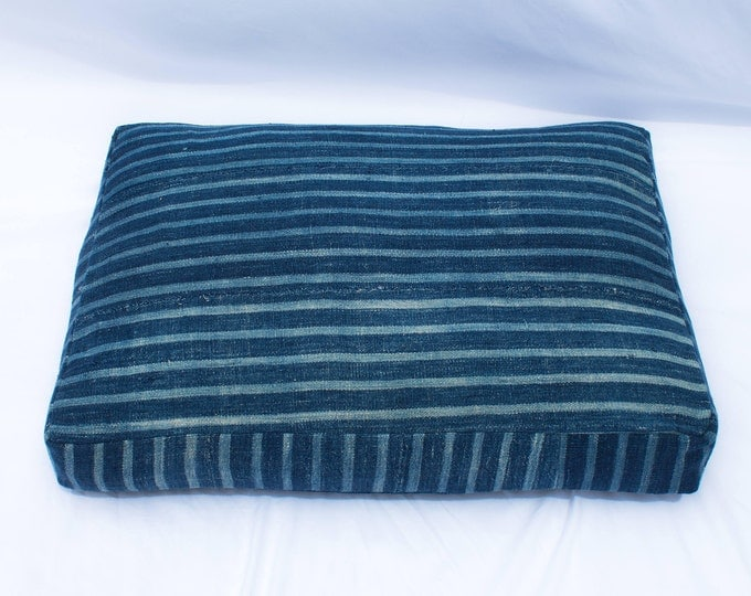 Indigo Striped Mudcloth Dog Bed // Small // bohemian pet bed shibori pillow