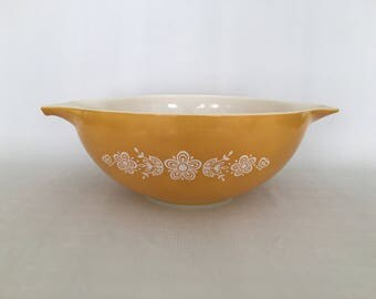 Pyrex 444 Ovenware 4 QT Butterfly Gold Large Nesting Bowl