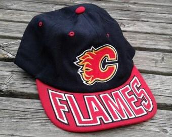 Vintage 90's Calgary Flames Starter Snapback Baseball Cap