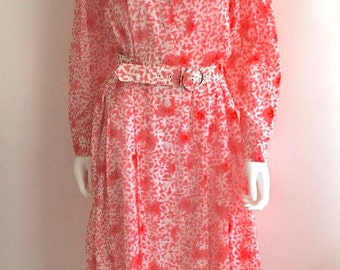 1980s does 50s Dress / Pink / Red / Floral / Shirtwaist / M