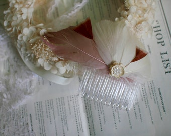 Ivory with pink feathers haircomb