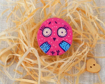 Painted wood bird cute pink brooch woodland creature illustrated jewelry artisan animal design folk art owl bird Lover Pin eco friendly gift
