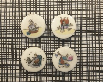 Vintage set of 4 nursery rhyme buttons - 1940's.