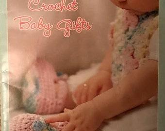Crochet Baby Gifts (Bernat) 542031