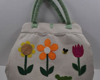 tote bag in cotton and linen embroidered appliques of felt flowers