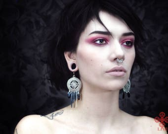 Pendulum earring,ear weights,plugs,wiccan,onyx,esoteric,witch,stone jewelry,natural stone,goth,tribal,ornemental,yoga,pagan,esoteric
