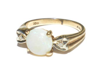 White Opal Ring on 10k Yellow Gold with Diamond Accents Size 4.5 Vintage Fine Jewelry