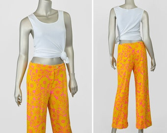 Vintage 60s Pants • 1960s Mod Flare Pants • Linen Style Woven Floral Pants • Yellow Pink Psychedelic Print Capris • High Waist Cropped Pants