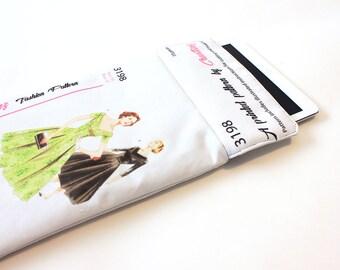 iPad sleeve-Vintage Pattern iPad case- iPad padded cover