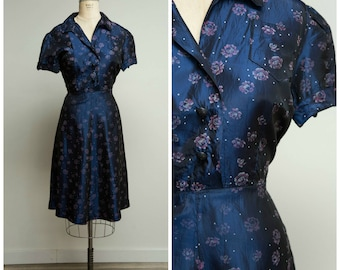 Vintage 1950s Dress • True Aim • Navy Blue Printed Taffeta 50s Shirtwaist Dress Size Large