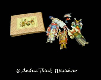 Dolls of the World - Miniatures Paper Doll Box - 1:12 scale