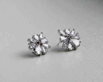 CZ stud earrings,Cluster CZ earrings, Crystal earrings, Wedding earrings, Prom earirngs, Bridesmaid earrings, Everyday earrings, Silver