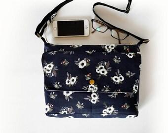 Black crossbody bag, black messenger bag, Floral print, zipper cross body bag, traverse bag