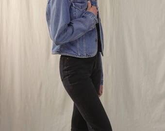 90s cropped jean jacket / boxy denim jacket / 90s button up blue jean jacket / XS small med