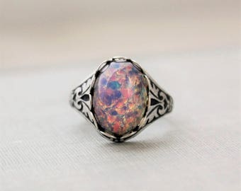 Fire Opal Ring. Vintage Jewel. Antique Silver or Antique Brass. Adjustable Ring