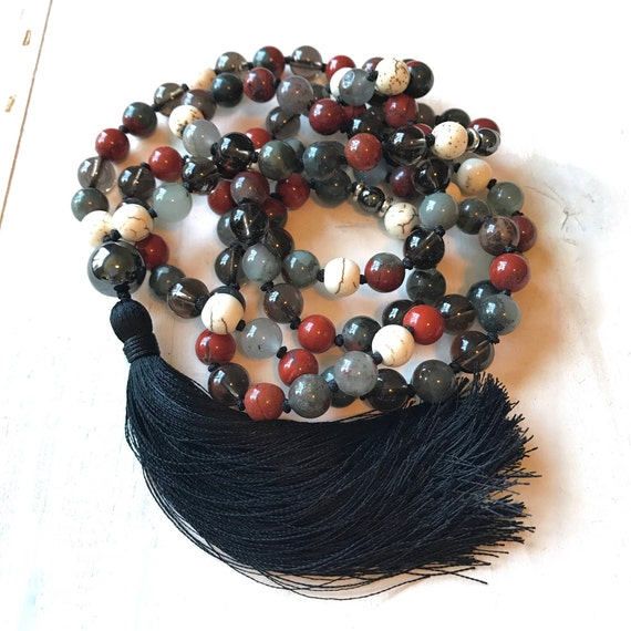 Root Chakra Mala Beads, Bloodstone Mala Beads, Base Chakra Mala, Knotted Prayer Beads, Mala Necklace For the Root Chakra, Meditation Mala